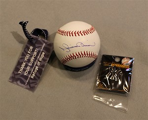 NYY- Mariano Rivera Autographed Baseball- AUTHENTIC - NYY lapel Pin