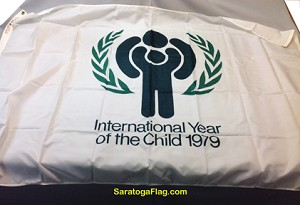 INTERNATIONAL YEAR OF THE  CHILD 1979 Flag- 4x6ft Nylon Vintage