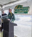 .SKIDMORE COLLEGE- Custom VINYL BANNERS - Thoroughbreds